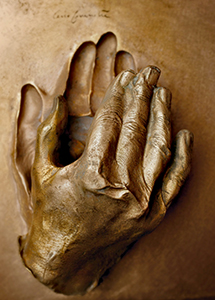 Cast of the Hand of the Blessed John Paul - Photo copyright 2015 © Città del Vaticano